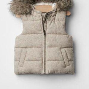 Baby Gap Warmest Vest Fur Hood Oatmeal Puffer